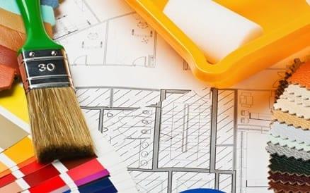 Binnenhuisarchitecten adviseren zowel verbouwingen als kleur- en materiaalcombinaties voor een vast budget.