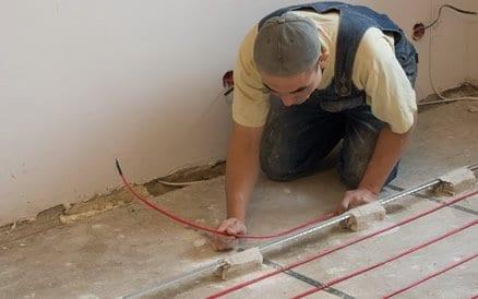 Diverse soorten elektrische vloerverwarming zijn mogelijk, zowel voor zwevende als vaste vloeren.