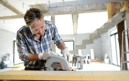 Professionele vakmensen werken heel precies, met oog voor detail en hebben kwalitatief goed gereedschap tot hun beschikking.